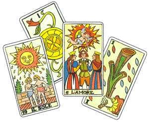 immagine raffigurante 4 carte dei tarocchi con in primo piano le carte de l'amore e de il sole